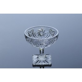 Footed crystal bowl Majestic Collection