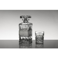Crystal whisky glasses and bottle set - Brittnay Collection