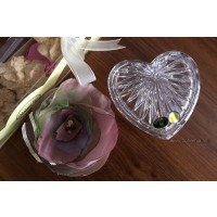 Caseta cadou inimioara si brosa floare - Nr catalog 2906